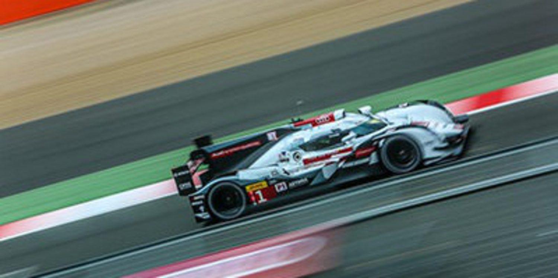 Audi comineza con doblete los libres 1 en Fuji