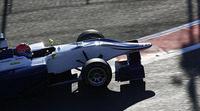 Dean Stoneman firma la pole de la GP3 en Sochi