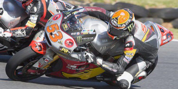 Tito Rabat rueda en otro mundo en el FP2 de Moto2