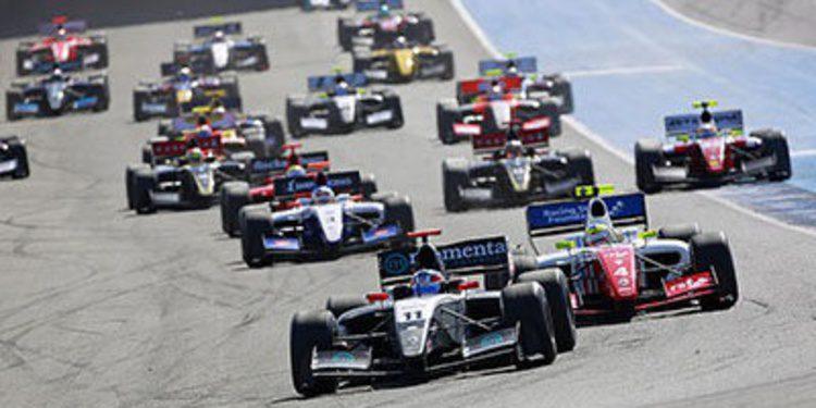 Oliver Rowland gana la ultima carrera de la temporada