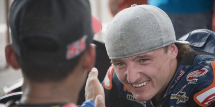 Jack Miller exhibe músculo en el FP1 de Moto3 en Sepang