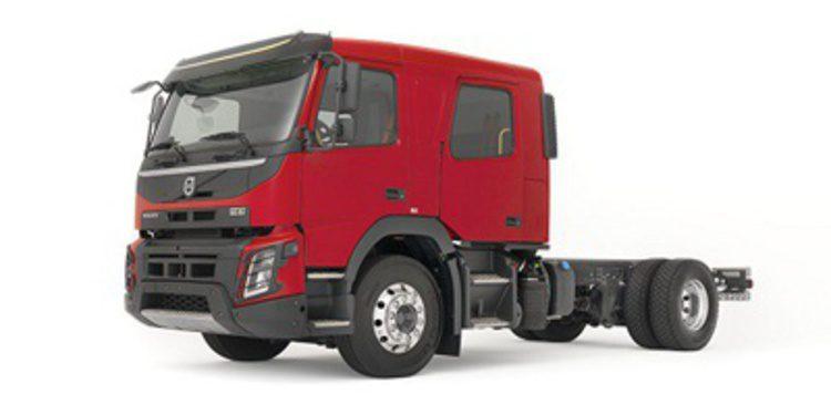 Volvo FL y FMX Euro 6 ahora con cabina doble