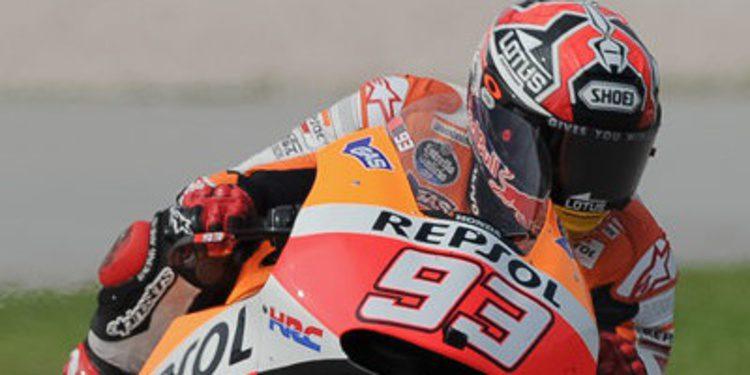 Marc Márquez domina el FP1 de MotoGP en Valencia entre los debuts