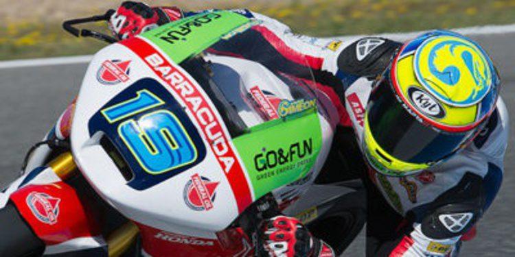 Xavier Simeón se muestra en el warm up de Moto2