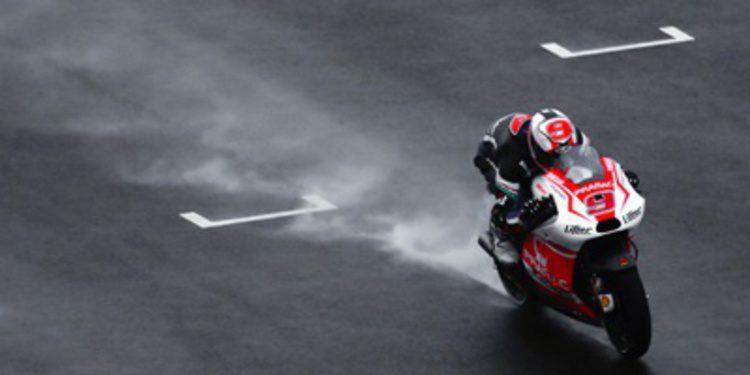 Danilo Petrucci domina el segundo día de test post-GP bajo la lluvia