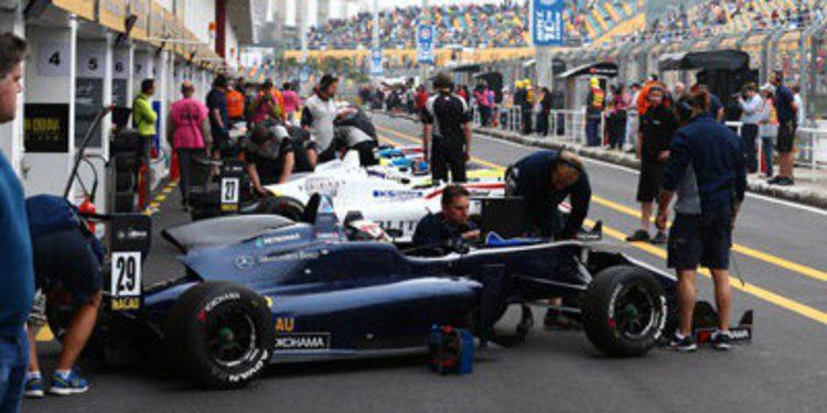 Felix Rosenqvist se anota el FP2 de F3 en el GP de Macao