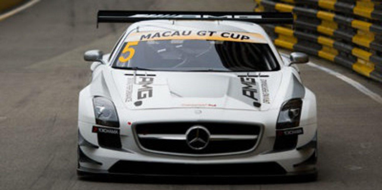 Maro Engel consigue la victoria en la Macao GT Cup