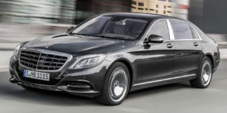 Mercedes-Benz reflota Maybach