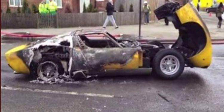 Demandan al taller por el incendio de un Lamborghini Miura SV