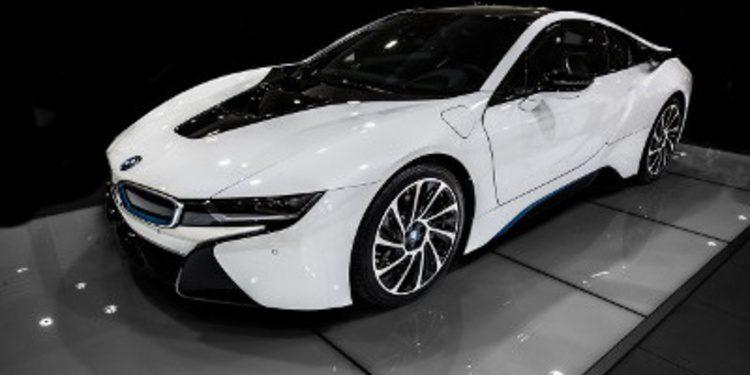 Gran sesión fotográfica con el coupé híbrido BMW i8