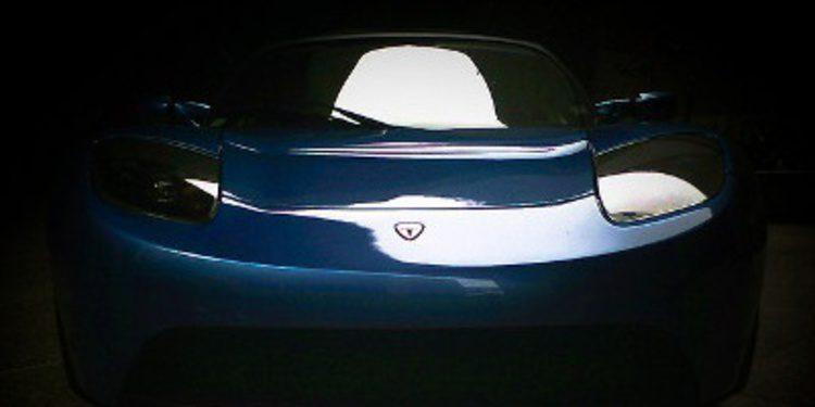 El Tesla Roadster recibe una mejora en sus baterías