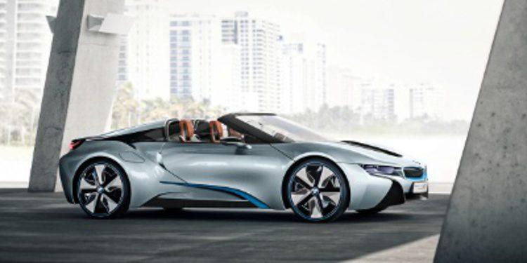 INOCENTADA - BMW confirma lanzamiento del i8 spyder para 2016