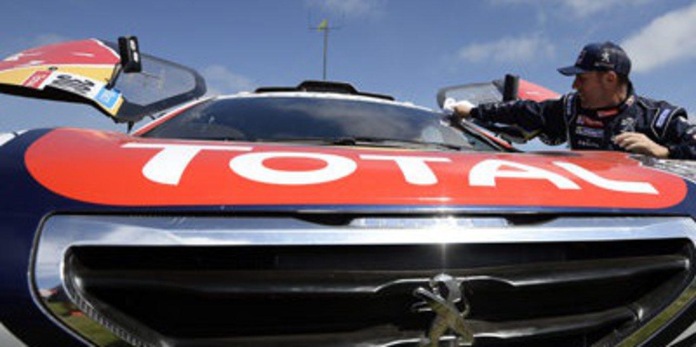 Dakar 2015, etapa 1: Roma KO, Peugeot no asusta y Al-Attiyah sancionado