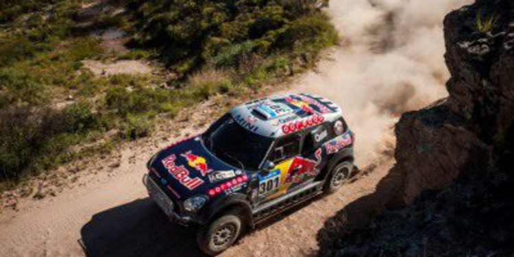 Dakar 2015, etapa 4: Nasser Al-Attiyah aumenta su ventaja con otra victoria