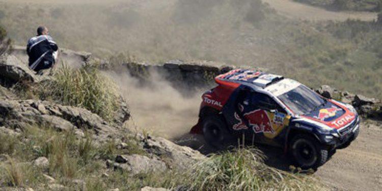 Dakar 2015: Un vuelco deja a Carlos Sainz fuera en la quinta etapa