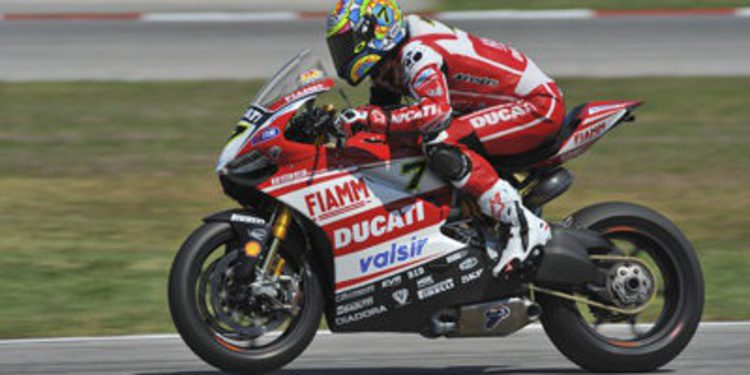 Aruba.it sponsor principal de Ducati en Superbikes