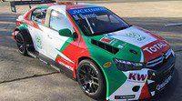 Mehdi Bennani presenta sus colores para 2015