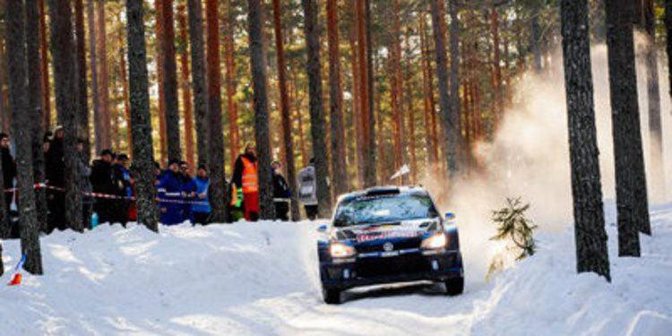 Sebastien Ogier gana el Rally de Suecia ante un épico Thierry Neuville
