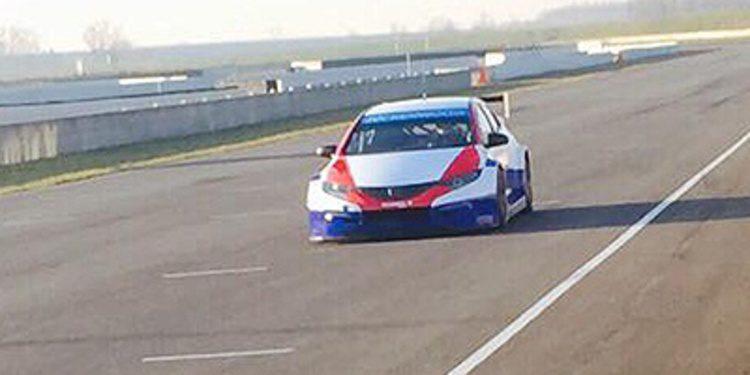 Dusan Borkovic prueba su Honda en Italia