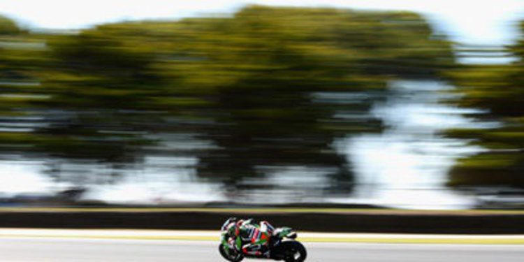 Tom Sykes manda en el warm up de Phillip Island