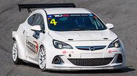 Campos Racing con el Opel Astra OPC en las TCR Series