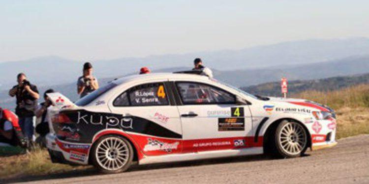 Víctor Senra en la Copa Suzuki y con un EVO X R4
