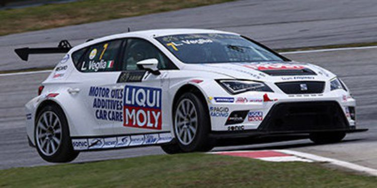 Jordi Gené se impone en la segunda carrera de las TCR