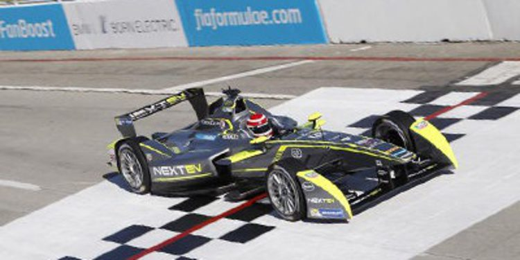 Recital de Nelson Piquet Jr. en el ePrix de Long Beach