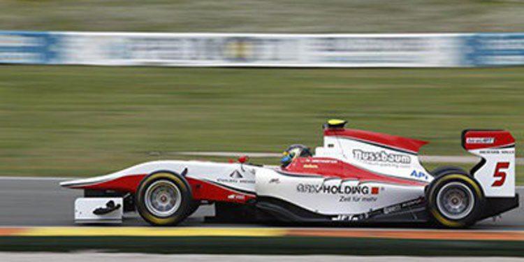 Kirchhöfer domina la primera jornada de test de GP3