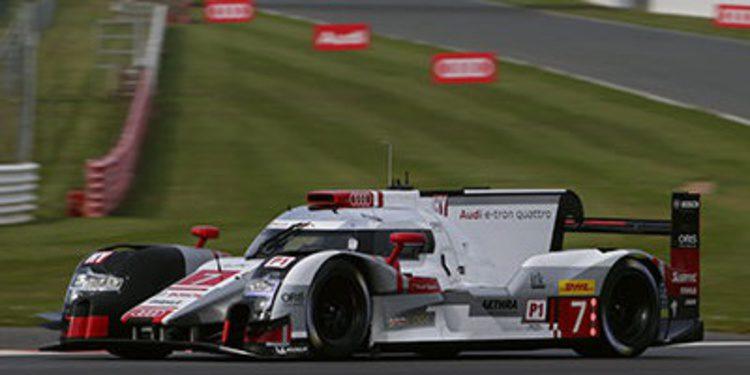 Audi el más rápido bajo la lluvia de Silverstone
