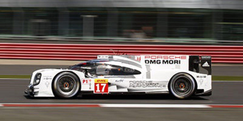 Porsche se lleva la primera pole del año en el WEC