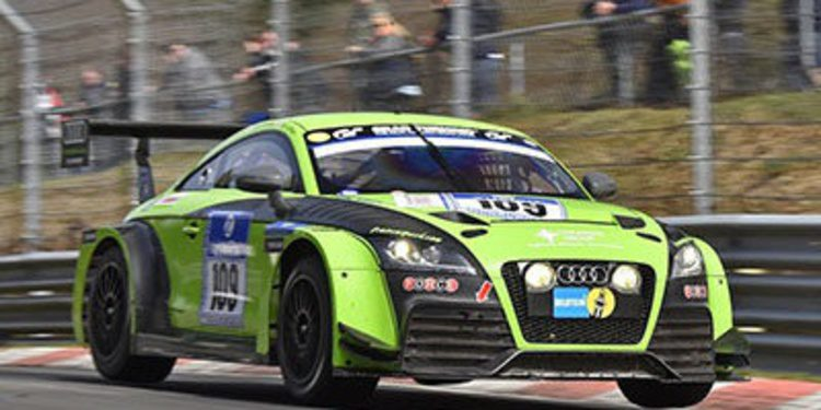 Tom Chilton vence en Nurburgring
