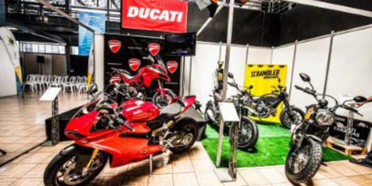Primer día de La I Feria de la moto de Las Palmas