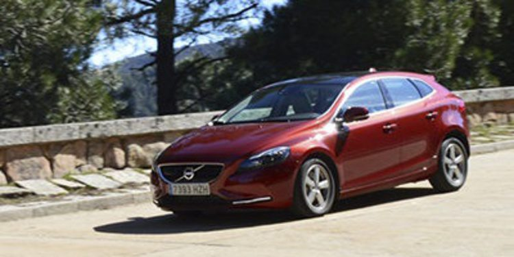 Prueba - Volvo V40 D4 190 CV, pasamos a la acción