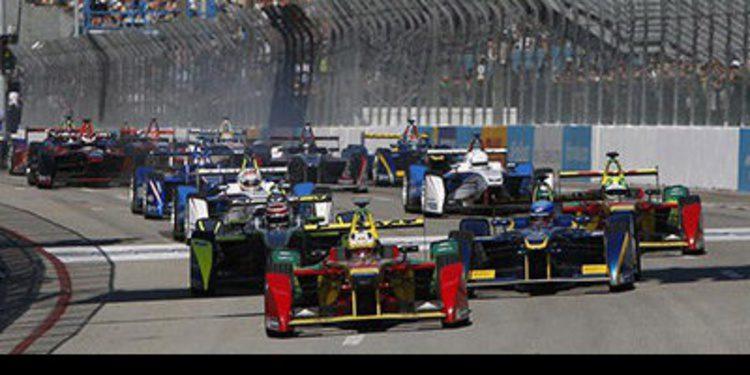 Sébastien Buemi gana un accidentado ePrix de Mónaco