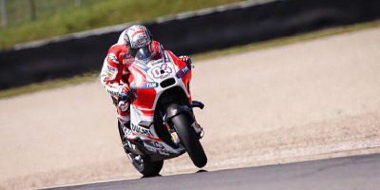Dovizioso y Ducati son los más rápidos el viernes