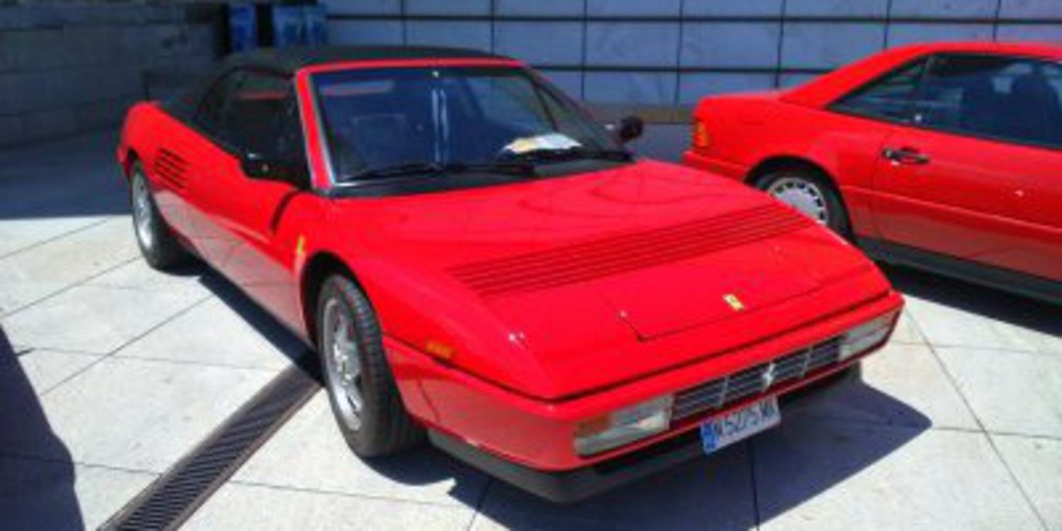 ferrari mondial t cabriolet 1989 1993 ltimo de la saga motor y racing. Black Bedroom Furniture Sets. Home Design Ideas