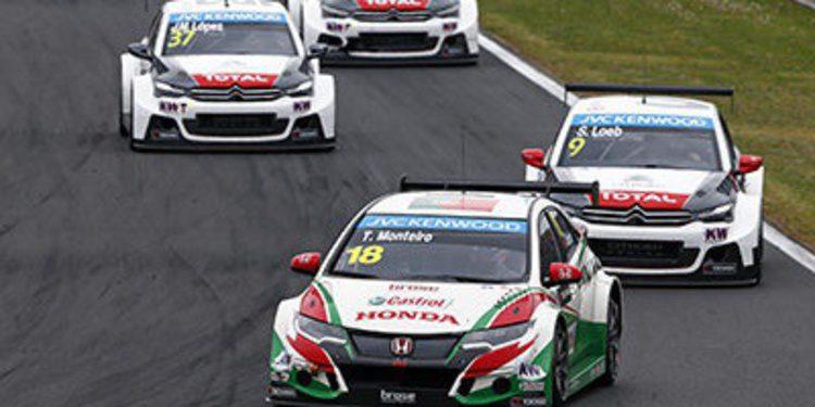 Honda lidera en la sesión de Testing