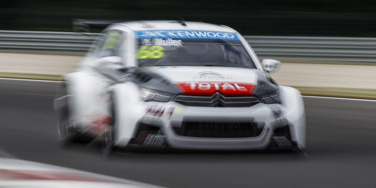 Yvan Muller consigue su tercera pole de la temporada