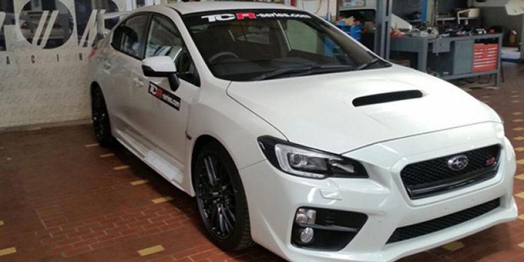 Top Run ya trabaja en los Subaru WRX STi para el TCR