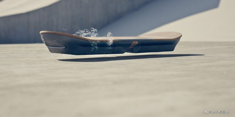 ¿Qué graba Lexus en Cataluña junto al Hoverboard, el skate volador?