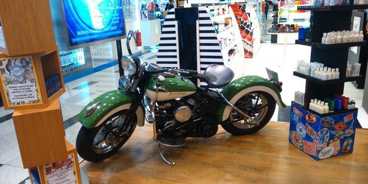 Harley-Davidson Flathead 45 de 1949 Showbike