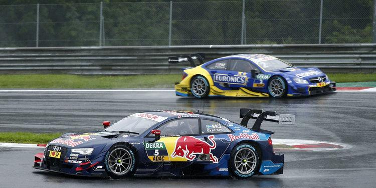 Ekström gana la segunda carrera bajo la lluvia en Austria