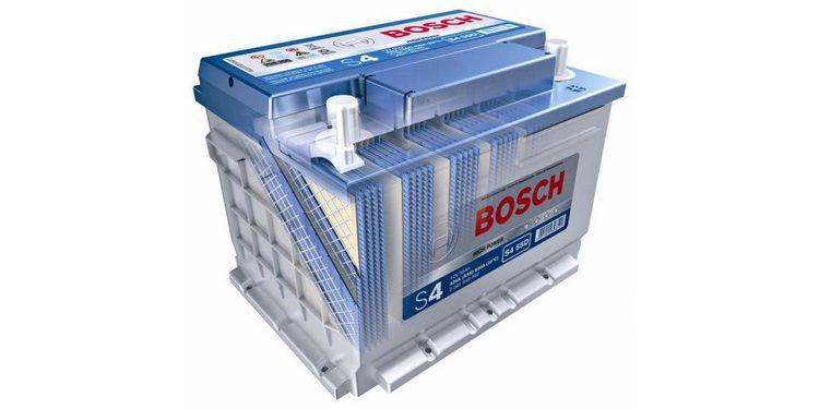Procedimientos para sustituir una batería de automóvil (2)