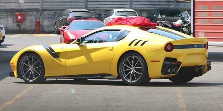 Prototipo del Ferrari F12 GTO / Speciale en pruebas