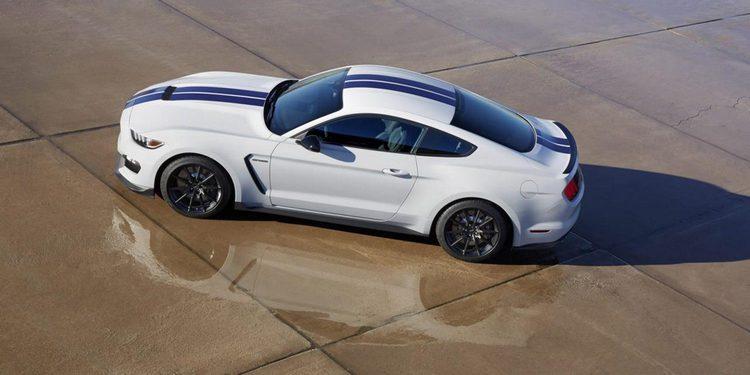 Ford lanzará un nuevo Mustang renovado en 2017