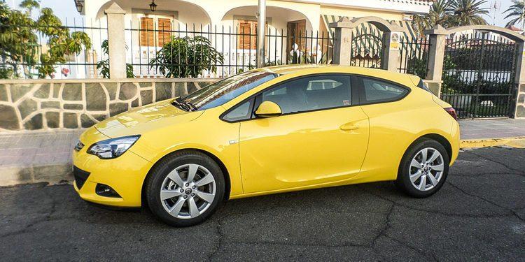 Opel Astra GTC 1.4 Turbo 140, sus rivales en el mercado