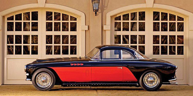 A subasta uno de los últimos Bugatti originales fabricados