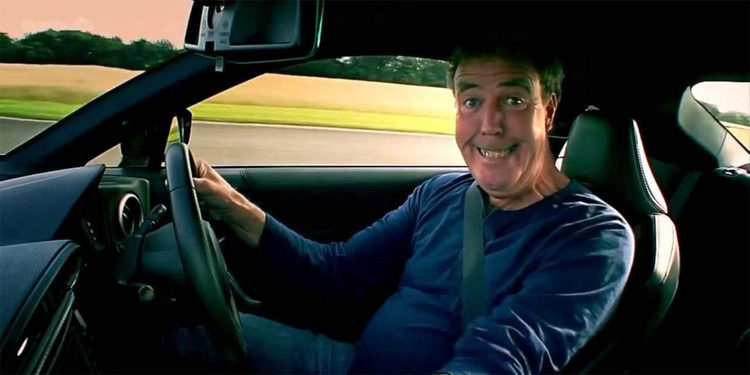 Jeremy Clarkson recibe en casa un McLaren 675LT