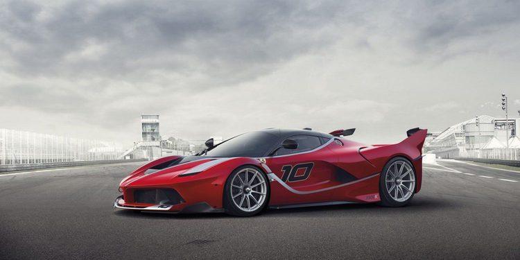 Vídeos del Ferrari FXX K de Christine Sloss en pista